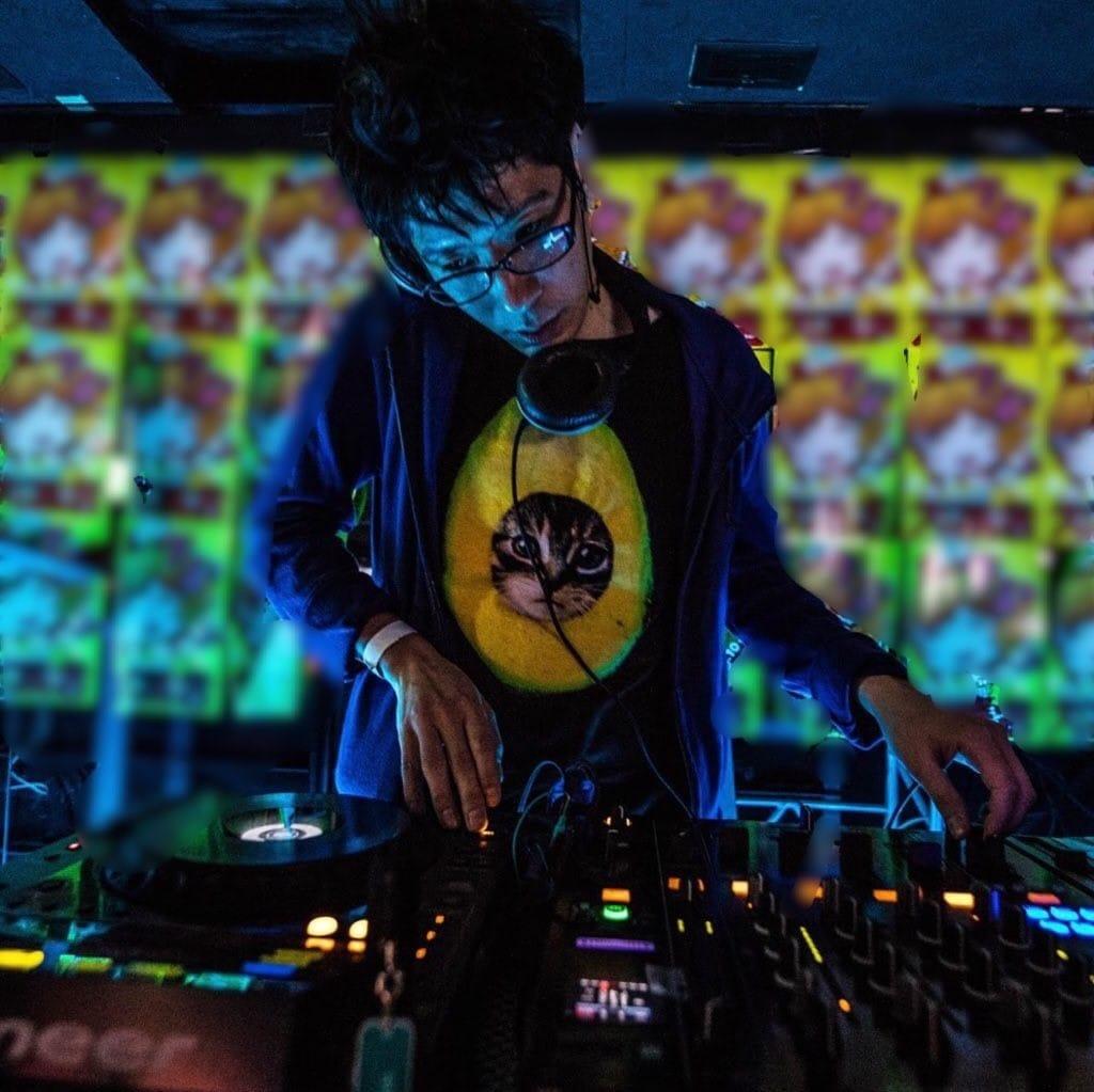 DJ takashing